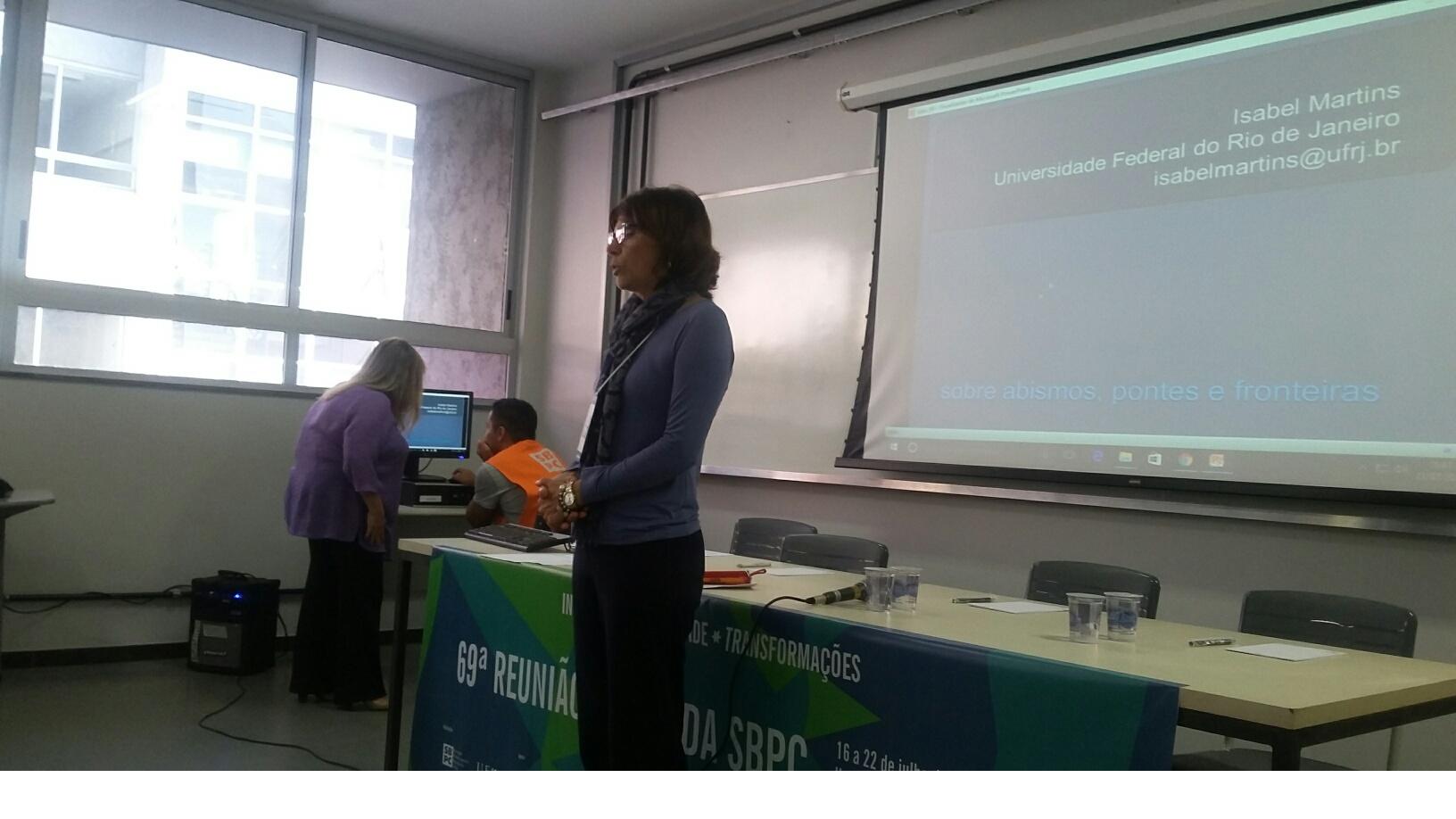 Desafios Das Publicações Em Humanidades São Debatidos Em Conferência Com Editores
