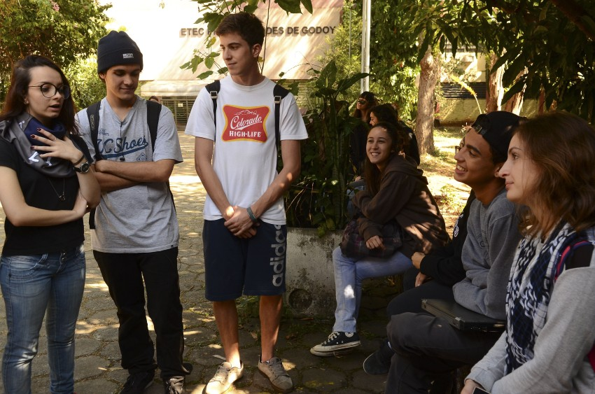 São Paulo - Estudantes Da ETEC Professor Basilides De Godoy, Em Vila Leopoldina, Ocuparam A Escola Na Manhã De Hoje. Eles Reivindicam Apuração Dos Desvios Nos Contratos Da Merenda Escolar (Rovena Rosa/Agência Brasil)