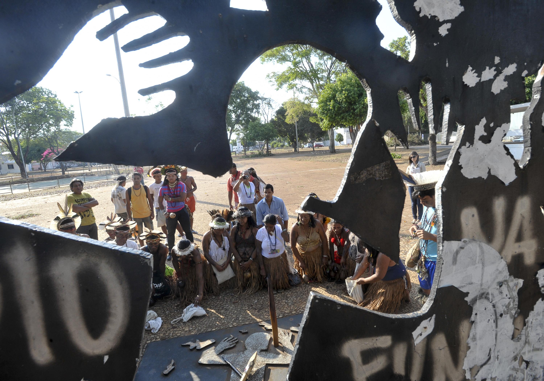 O Dia Do índio Num Contexto De Reafirmação Escolar: Para Nunca Esquecer Galdino Pataxó