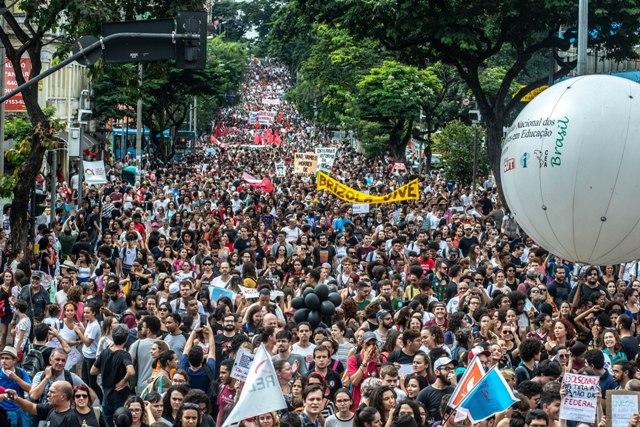 15M – Ivane Perotti – Tsunami De Gentes – Maíra Cabral – Brasil De Fato