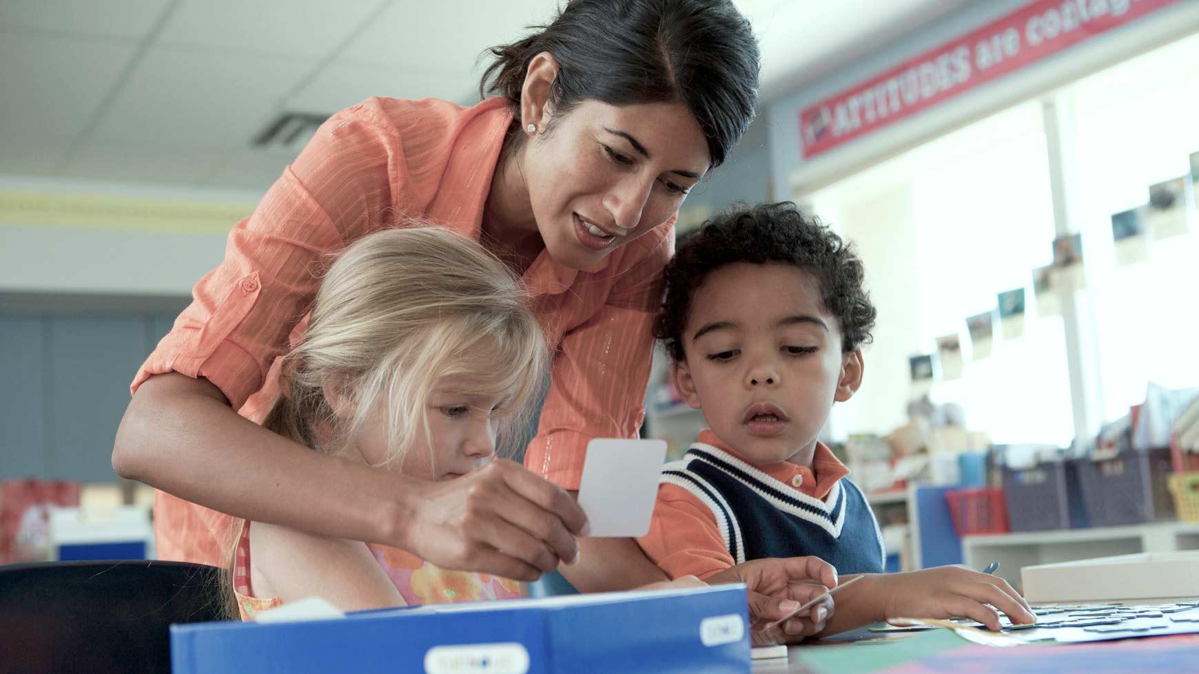 Adaptações Curriculares De Atividades Para Criança Com Deficiência Intelectual