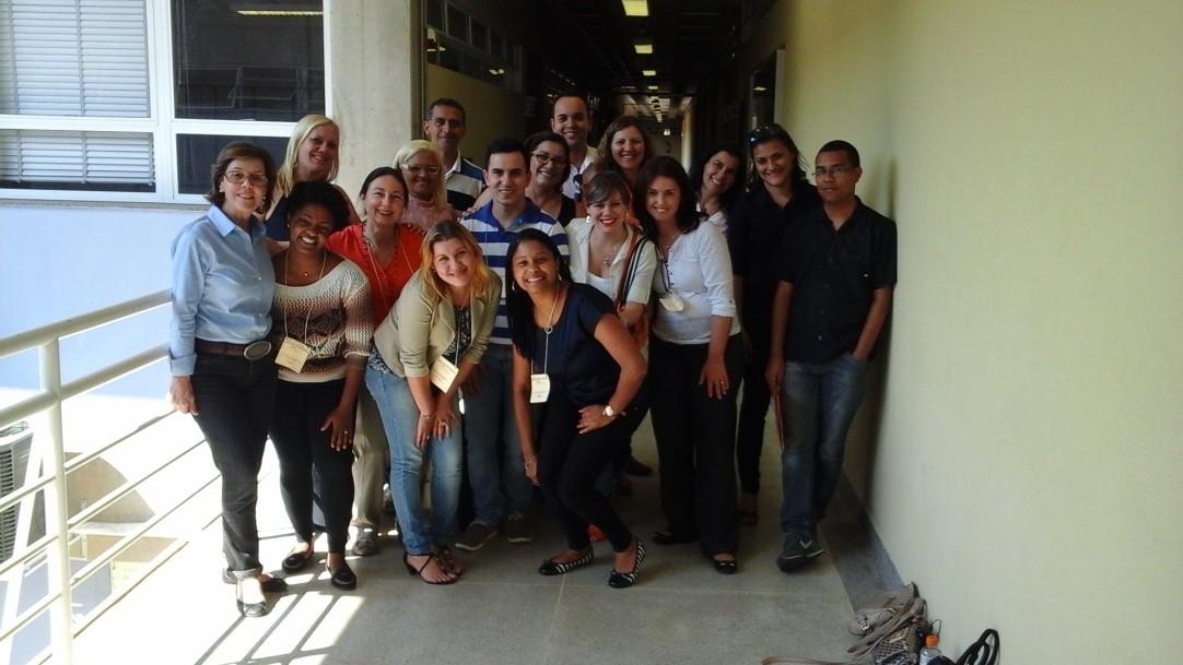 Grupo Colaborativo: Aproximação Entre A Universidade E A Escola Básica