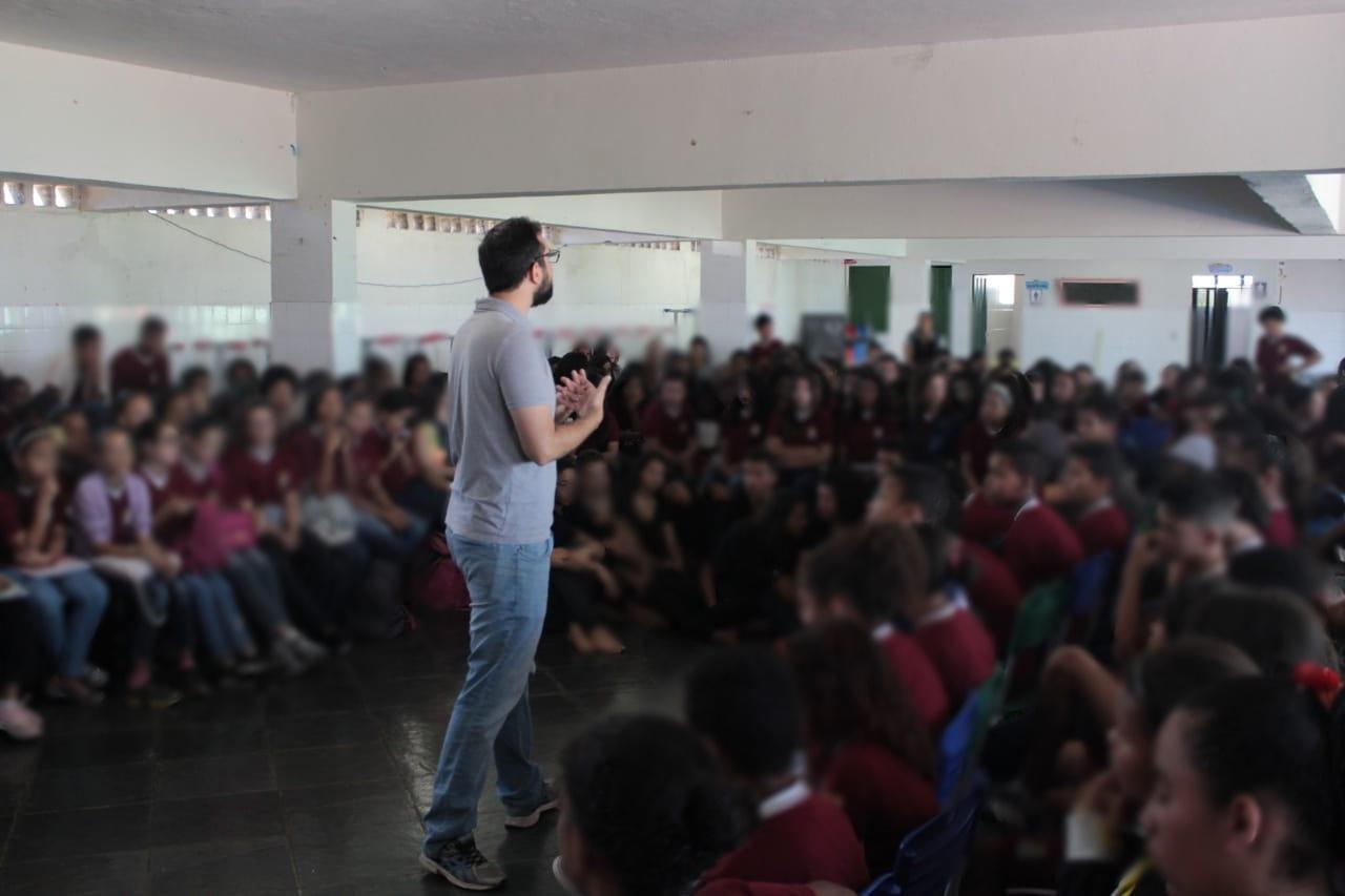Escola Cidadã: Educando Para A Democracia