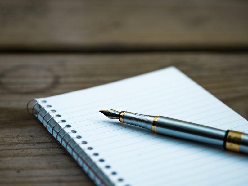 Divagações Sobre A Escrita De Cartas Em Tempos De Guerra E (des)informações