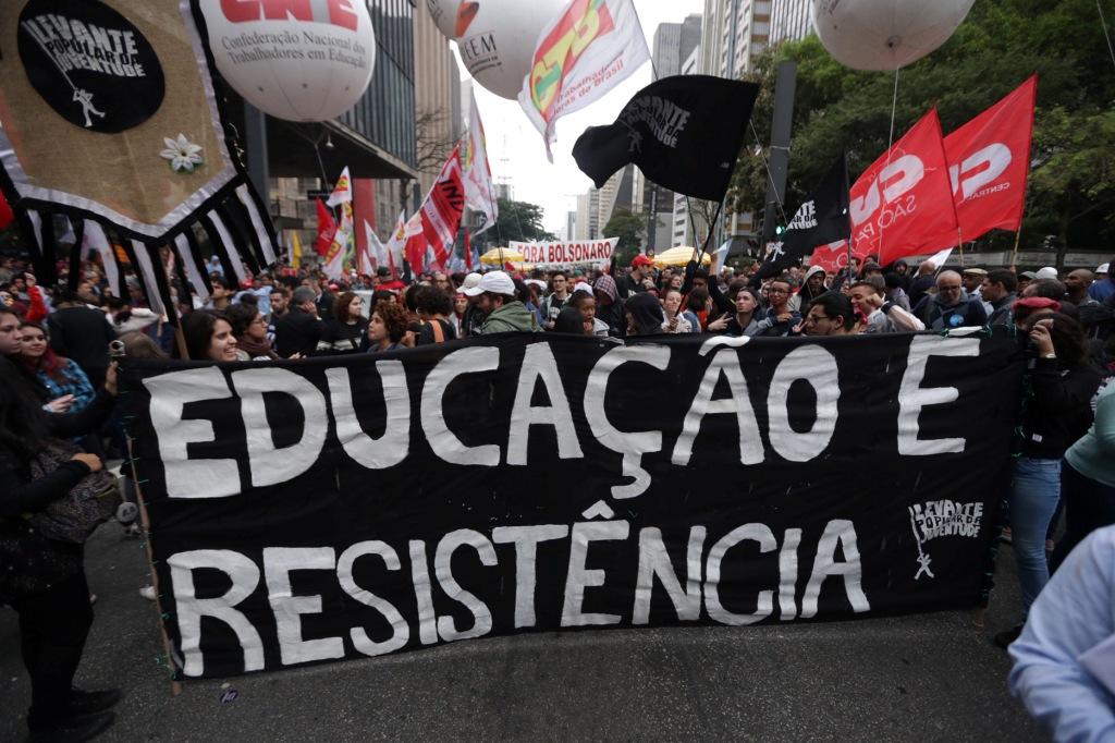 São Paulo SP- 13 08 2019- Ato Na Paulista Contra Corte Na Educação Estudantes,professores,sindicatos E Sociedade Civil Protestam Na Avenida Paulista. Foto Paulo Pinto/Fotos Publicas