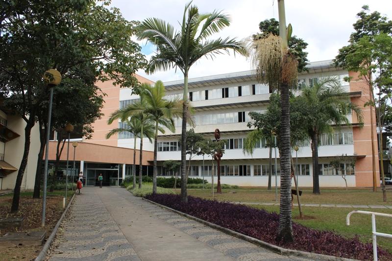 A Constituição Da Faculdade De Educação Da UFMG: História E Memória