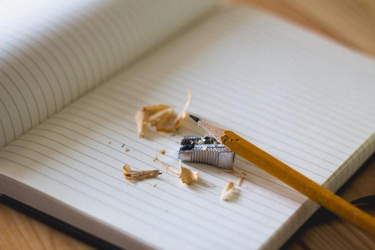 Entrememórias – Alessandra Schueler – Por Entre Memórias De Uma Trajetória De Escolarização