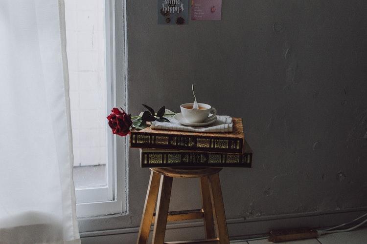 Livre Expressão – Ivane Perotti – Aos Que Pensam, Aos Que Pensam Que Pensam E Aos Que Pensam O Que Os Outros Pensam – Uma Alegoria Dos Discursos