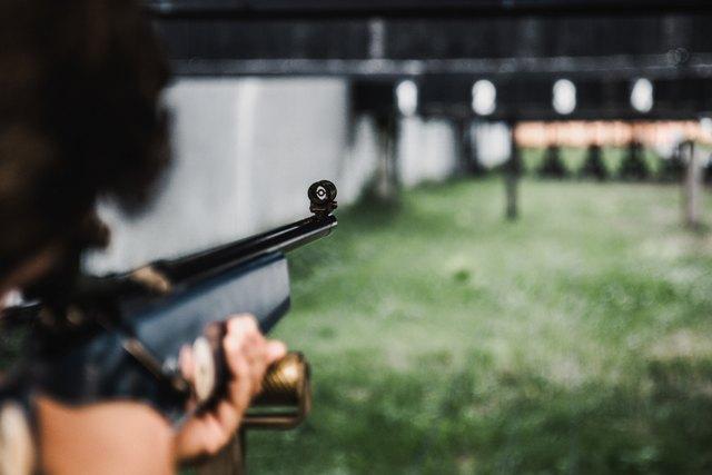 Alexandre Fernandez Vaz – Massacre Na Educação