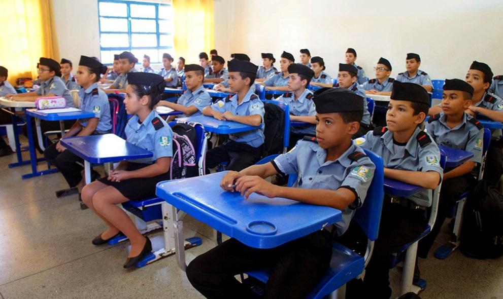 Sobre O Movimento Conservador E A Militarização Das Escolas