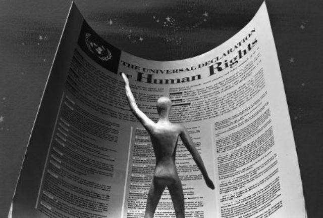 Educação E Direitos Humanos: A Urgência Do Debate E Das Ações Dentro E Fora Da Escola