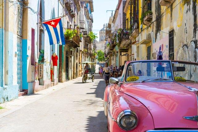 Dalvit Greiner De Paula – MAMÃE EU FUI A CUBA – Havana