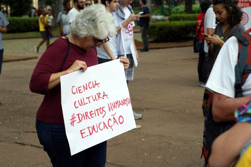Ciência No Brasil, Uma Luz No Fim Do Túnel?