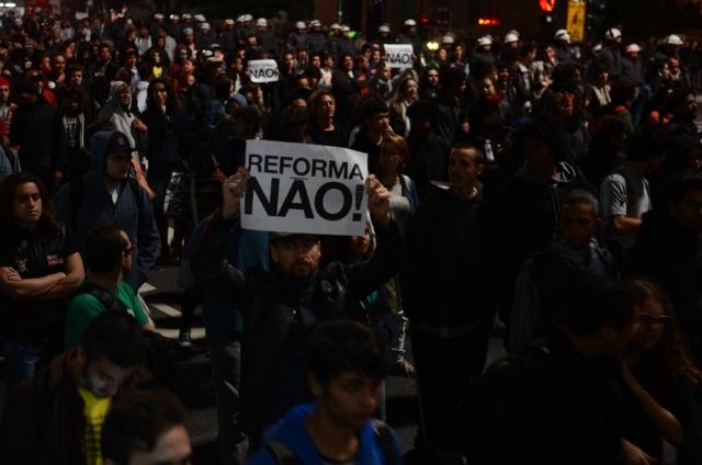 Reforma Do Ensino Médio, Maconha E A Resistência Da Educação Pública