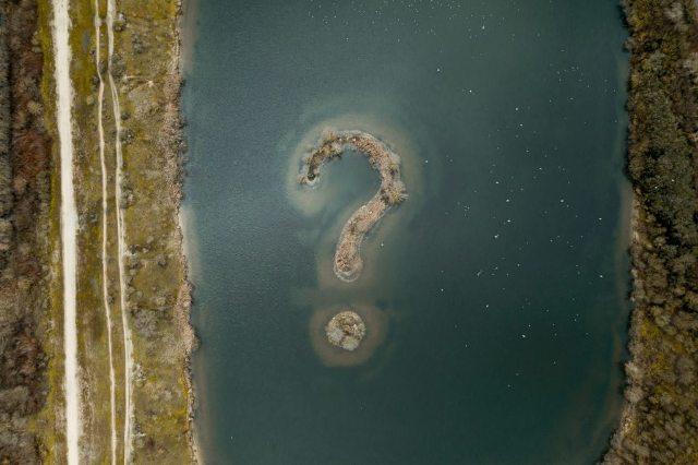 Ilha Com Ponto De Interrogação – Jules Bss Unsplash