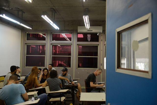 Alunos Da UERJ – Tânia Rego   Agência Brasil