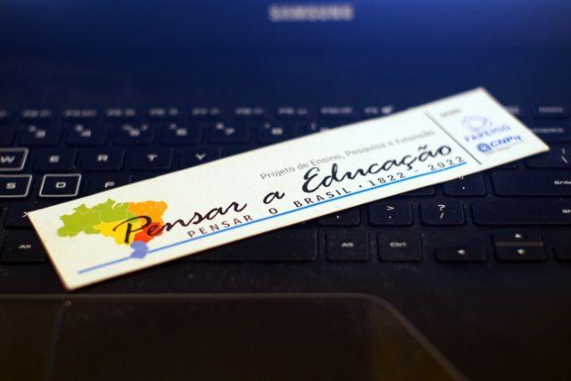 Pensar A Educação, Pensar O Brasil