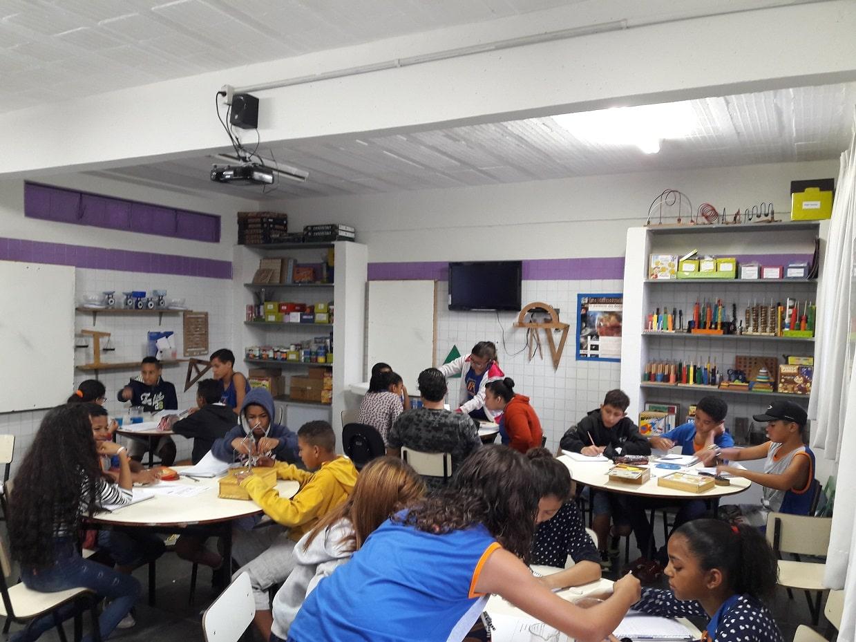 Um Laboratório De Matemática Na Escola N 07 RBEB Redimensionada